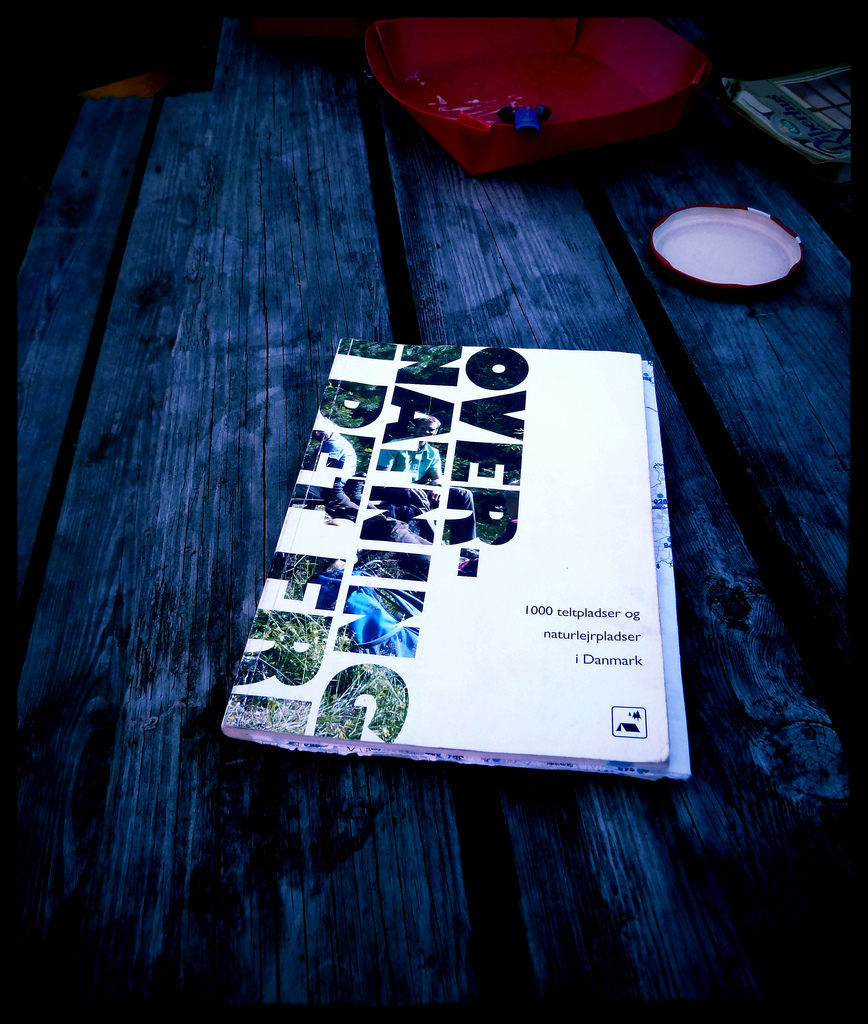 Overnatning I Det Fri Book