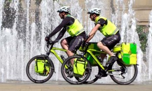 cycling-paramedics-in-She-001