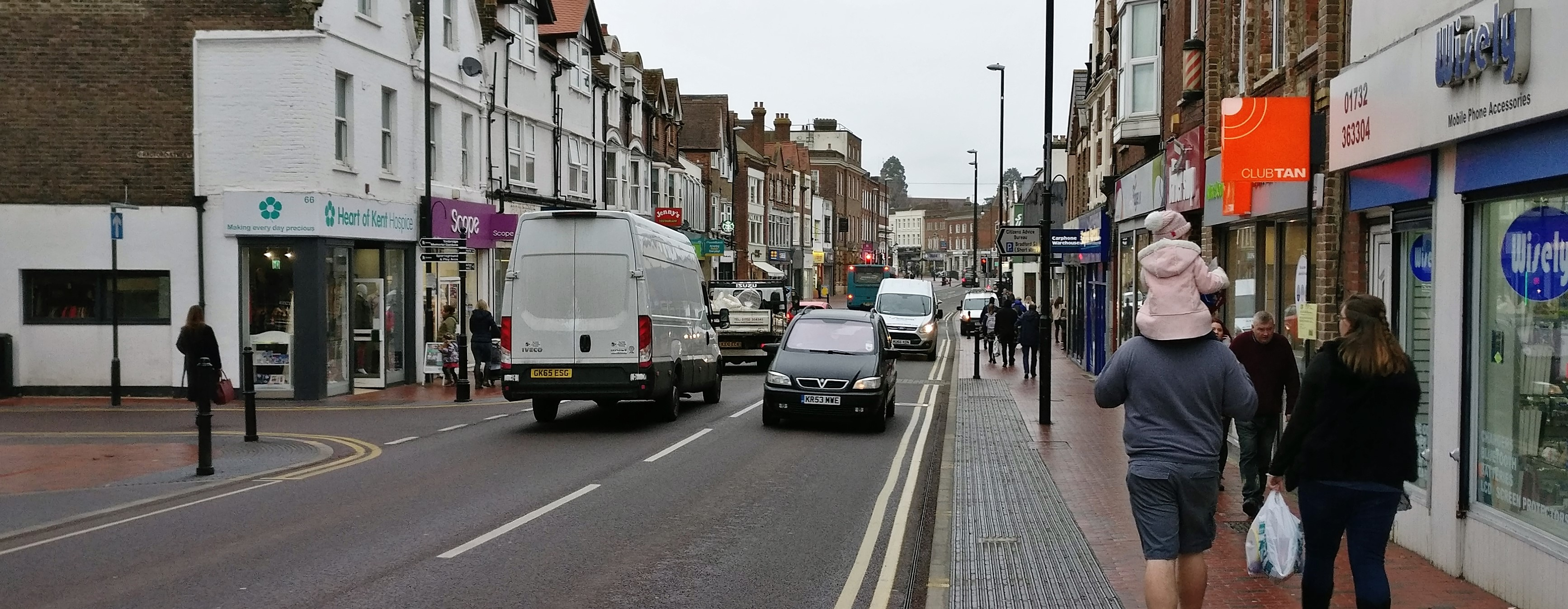 A Traffic Count On Tonbridge High Street 13 600 Vehicles Per Day